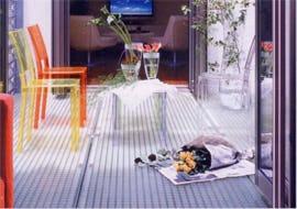 サンルームの床材にFRPグレーチングを使用した事例
